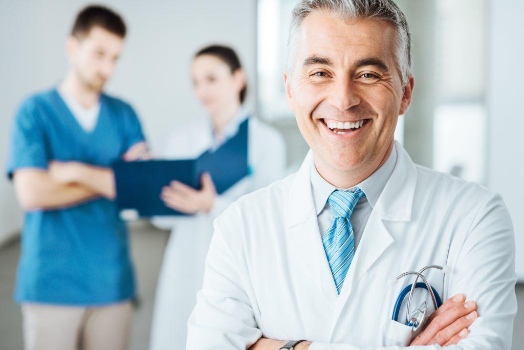 Doctor Sonriendo